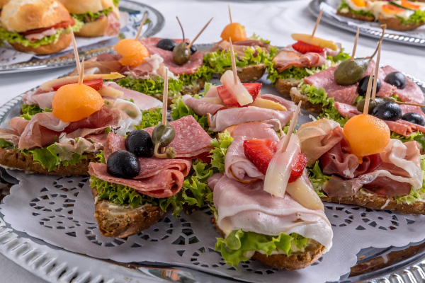odeon-partyservice-canapes